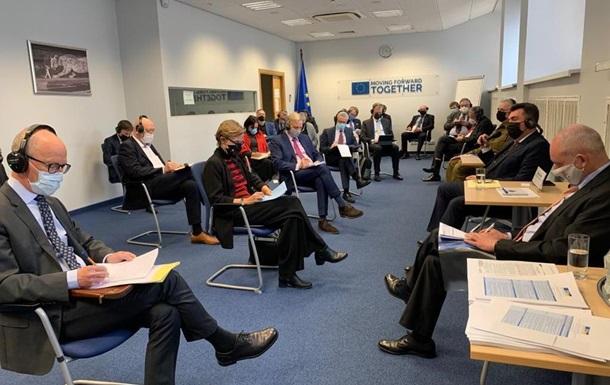 Глава РНБО Данілов обговорив Донбас з послами ЄС