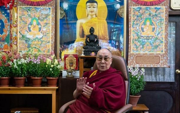Далай-лама: Світ потребує жінок-правительок