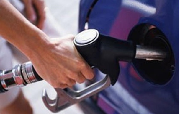 Експерти вперше за чотири роки провели експертизу бензину А-92