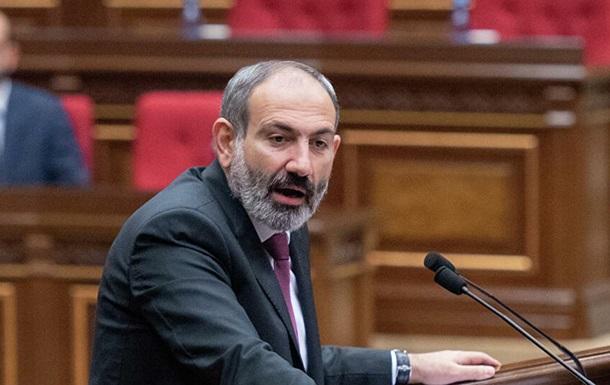 Прем єр Вірменії випадково назвав Путіна президентом Франції