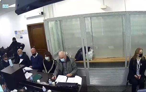 Суд заарештував особисте майно брата судді Вовка