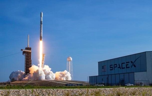 Миссию NASA на Луну доставит SpaceX