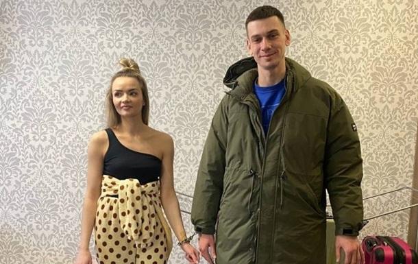 Пара из Харькова третий месяц живет на цепи