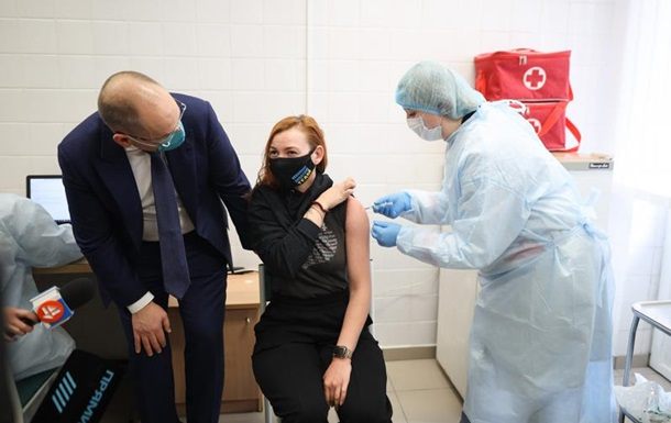 В Украине стартовала COVID-вакцинация спортсменов