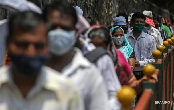 В Индии новый суточный рекорд по заражениям COVID-19