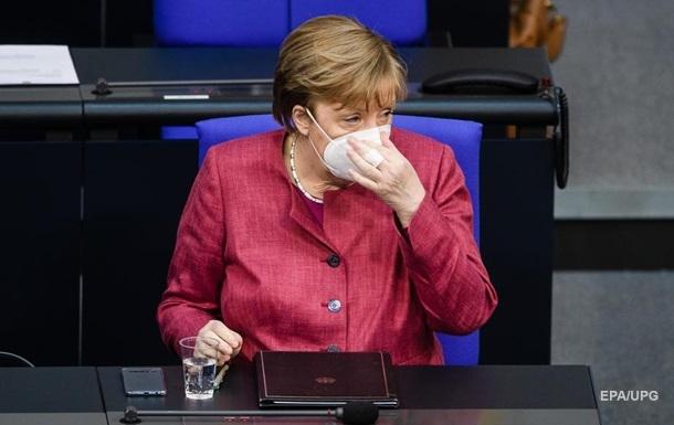 Меркель зробила щеплення вакциною AstraZeneca