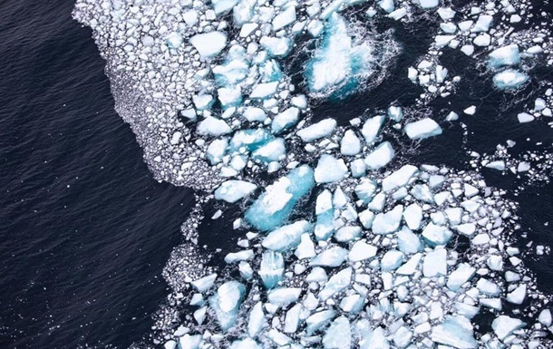 Крупнейший в мире айсберг почти растаял