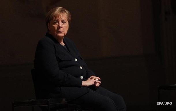 Меркель про обставини в Україні і Білорусі: Ситуація більш ніж тривожна