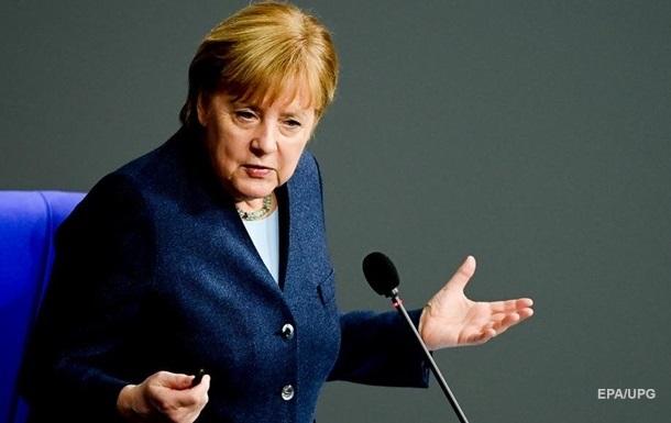 Меркель заявила, що критикує Путіна в особистих з ним розмовах