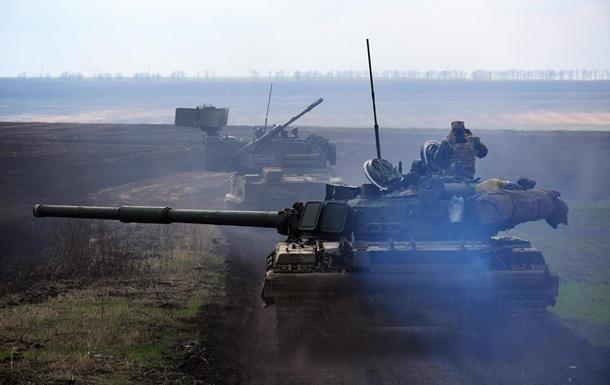 У районі ООС пройшли танкові навчання
