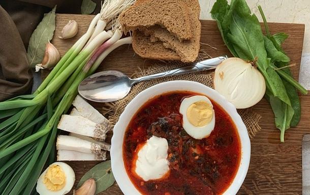 Google и Ростуризм включили борщ в топ-список российских блюд