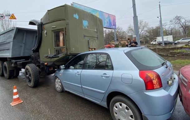 В Одессе случилось тройное ДТП