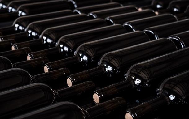 Мировое потребление вина упало до минимума