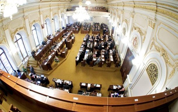 Чехия намерена требовать компенсацию от РФ за взрыв в Врбетице