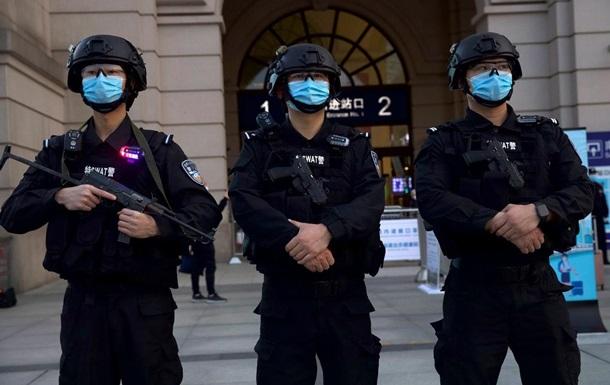 У Шанхаї заарештовані 20 осіб у справі про контрабанду алмазів