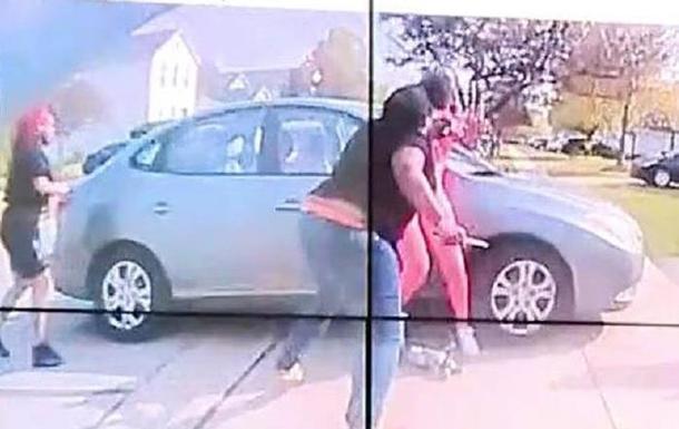 У США оприлюднили відео вбивства дівчини поліцейським