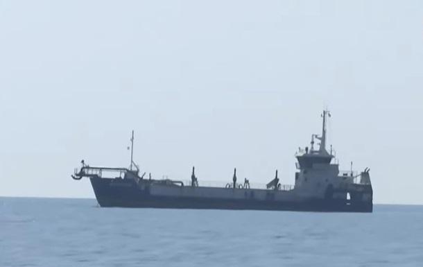 Пограничники РФ задержали двух украинских рыбаков в Черном море