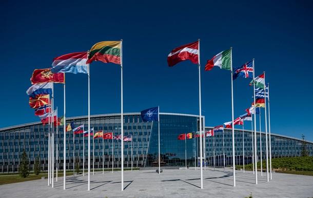 НАТО підтримала Чехію в діях щодо РФ