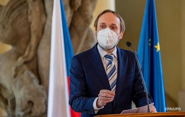 Чехія видворить десятки російських дипломатів