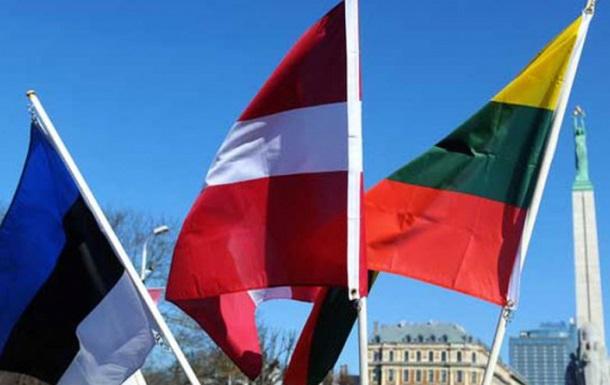 Країни Балтії витуряють російських дипломатів