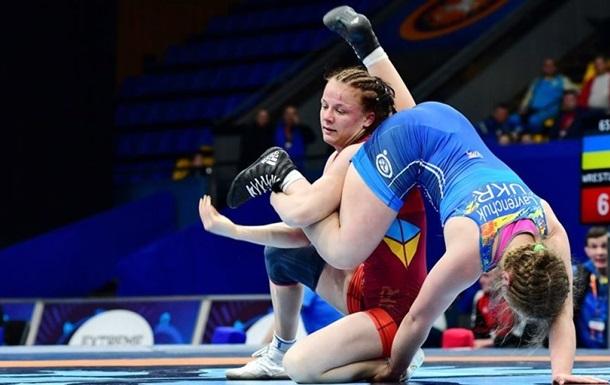 Українки Коляденко і Белінська стали чемпіонками Європи з боротьби