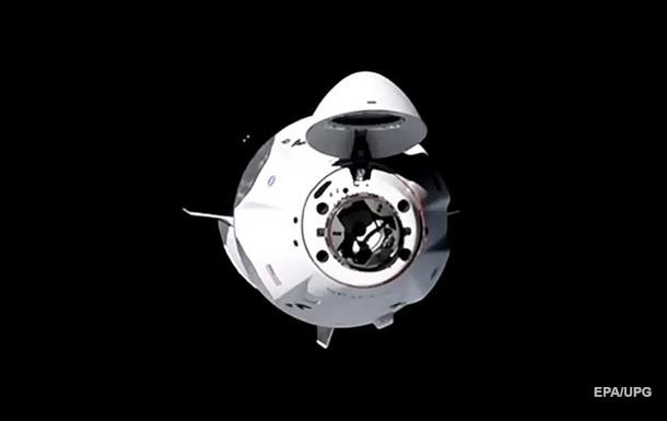 Crew Dragon с четырьмя астронавтами пристыковался к МКС