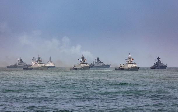 Россия закрывает три района Черного моря