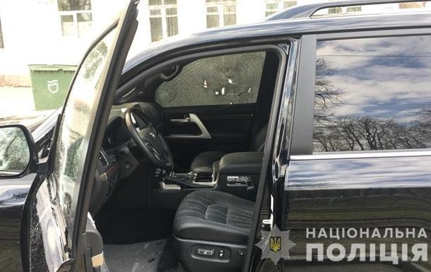 У Дніпрі під час обстрілу позашляховика загинула людина