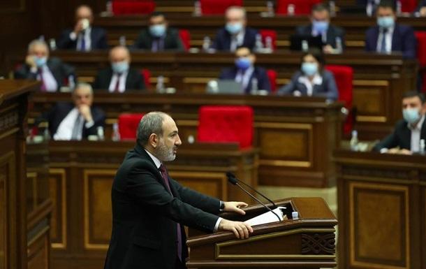 Прем єр Вірменії подав у відставку