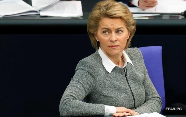 Скандал зі стільцем: фон дер Ляєн розповіла про сексизм