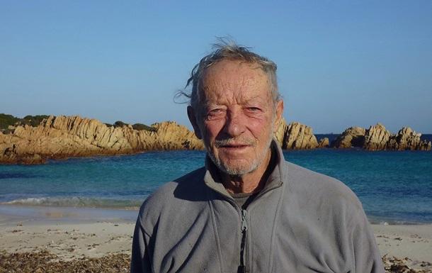 Отшельник покидает остров, на котором прожил 32 года