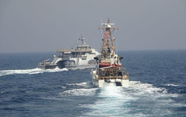 В Персидском заливе произошла `стычка` США и Ирана