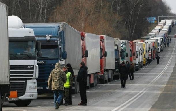 У Харкові з 30 квітня забороняється транзитний рух фур