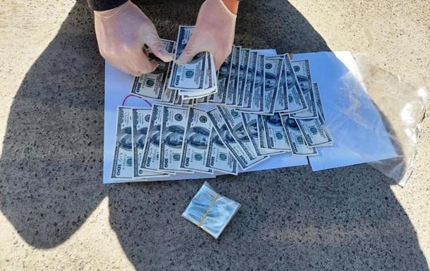 Руководителя дома престарелых задержали на взятке в $5 тысяч