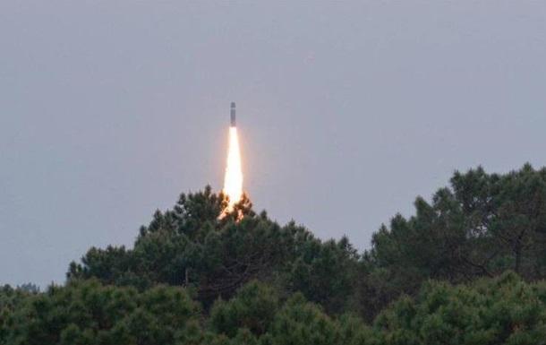 Баллистическая ракета Франции изменила траекторию