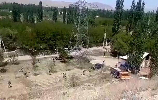 На границе Кыргызстана и Таджикистана призошла стрельба