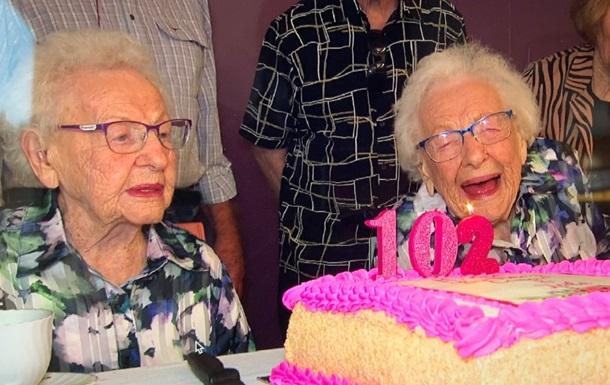 Сестры-близнецы отметили 102 день рождения вместе