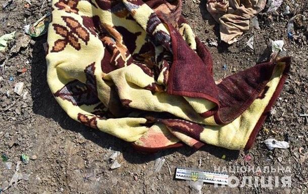 В Тернопольской области нашли тело новорожденного на свалке
