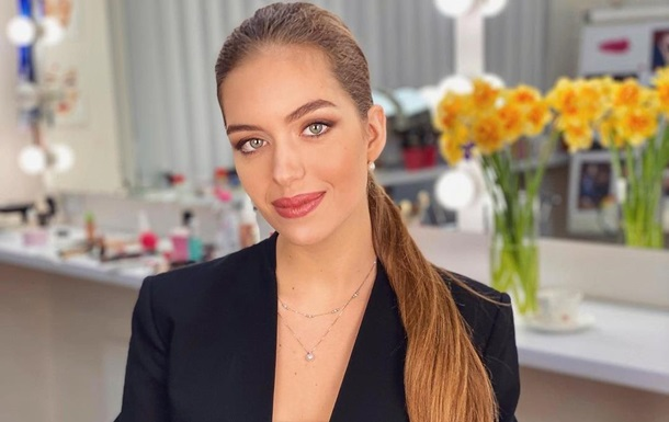 Мисс Украина-2016 станцевала на берегу Черного моря