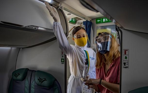 Як не заразитися COVID в аеропорту і літаку