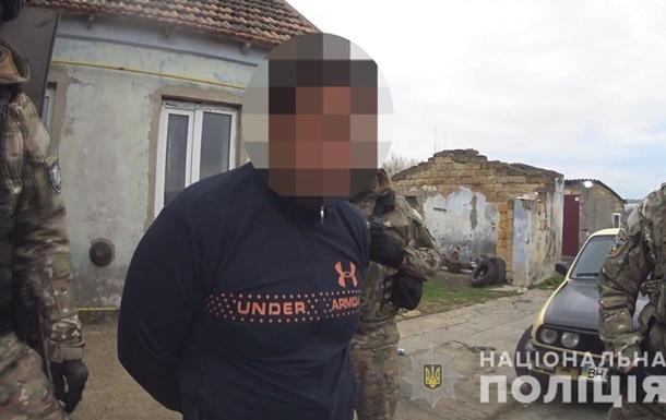 В Одесской области задержали мужчину, насиловавшего 11-летнюю падчерицу