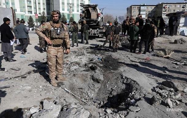 В Афганистане при взрыве погибли 30 человек