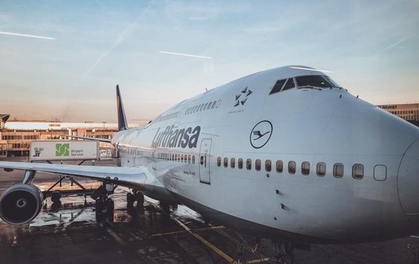 Авиакомпания Lufthansa возобновляет работу в Украине