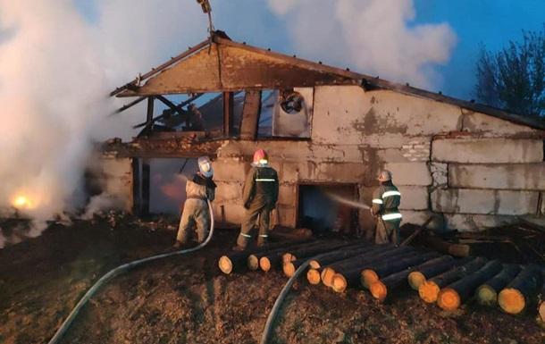 На Харківщині під час пожежі на пилорамі загинув робітник