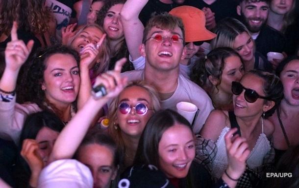 У Ліверпулі провели експериментальний концерт за участю 5 тисяч глядачів