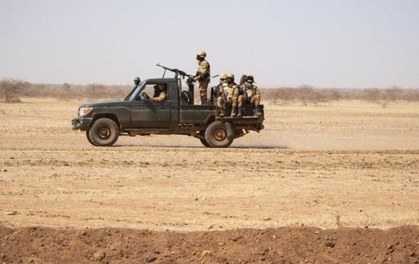 В Буркина-Фасо жертвами боевиков стали около 30 человек - СМИ