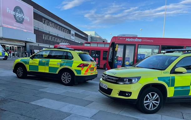 В Лондоне в результате поножовщины в ТЦ погиб человек
