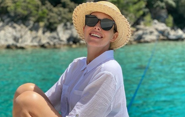 Катя Осадчая восхитила снимками с отдыха