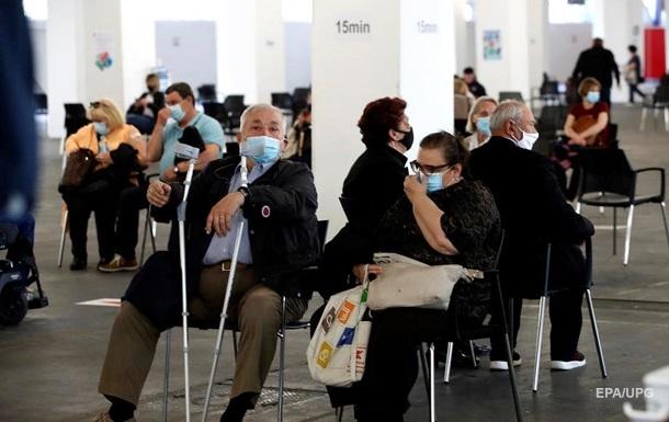 Ученые дали прогноз по вакцинации в Украине