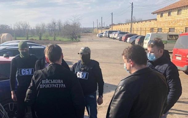 Чиновника Военторгсервиса задержали на взятке в $40 тысяч